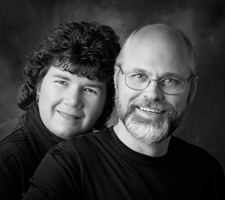 Business portrait of Dave and Lisa Samples